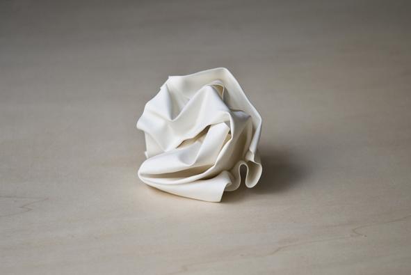 90 grammes d'idée fixe, 2012 Porcelaine